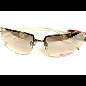 50% off 2+ items😜Foster Grant Fashion Sunglasses